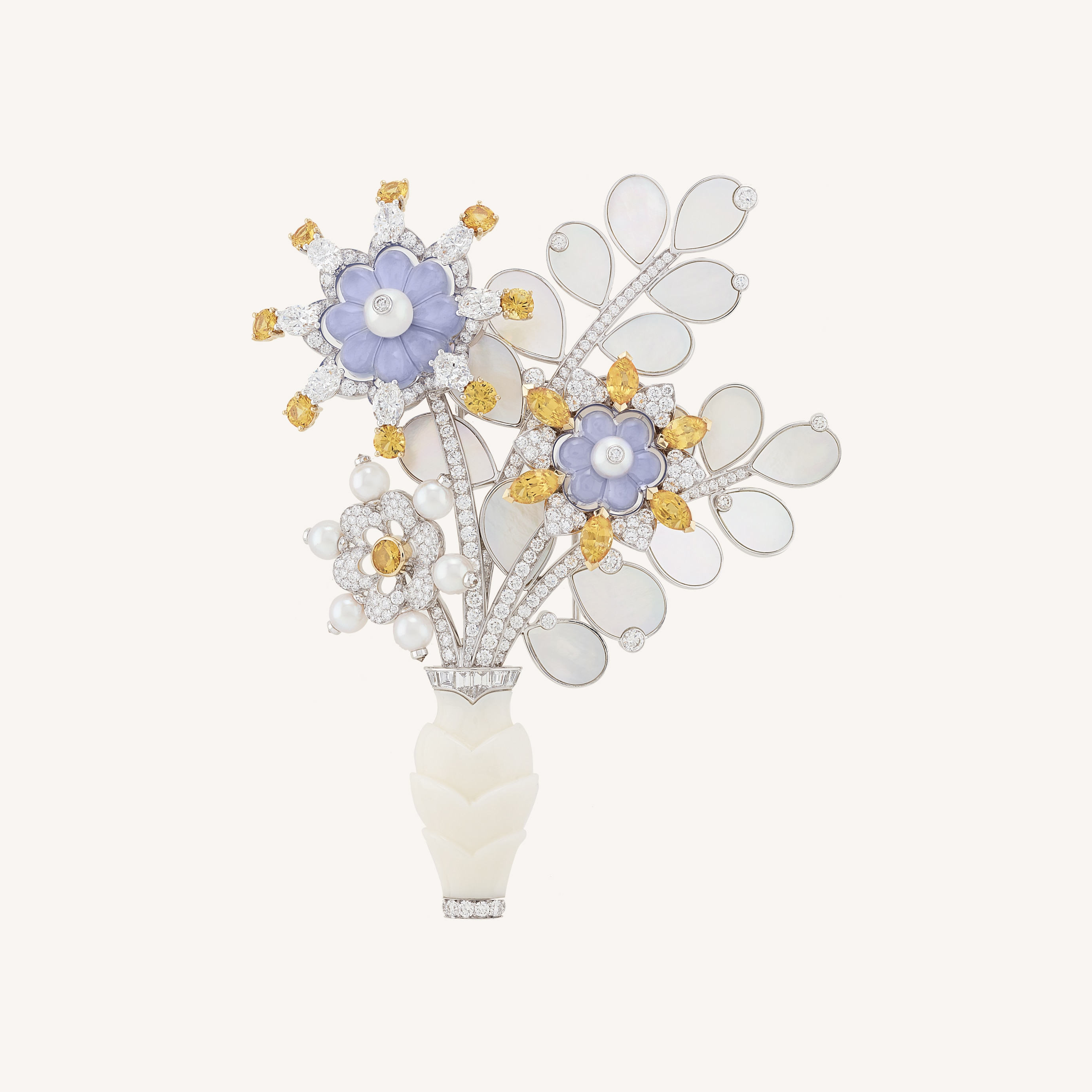 Bouquet de calcédoine clip, White gold, yellow gold, yellow sapphires, white cultured pearls, white coral, chalcedony, white mother-of-pearl, diamonds, Flowers collection, Van Cleef & Arpels